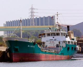 コンテナ船 / タンカーからの大量仕入れ
